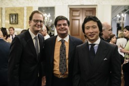 Event Party : WASHINGTON, DC - MAY 14: Nick Barrington-Wells (L), Lincoln Meyers (C) and Wei Koh attend Savile Row Bespoke and America at the British Ambassador's Residence on May 14, 2015 in Washington, DC. (Photo by Greg Kahn/Getty Images for The British Embassy)